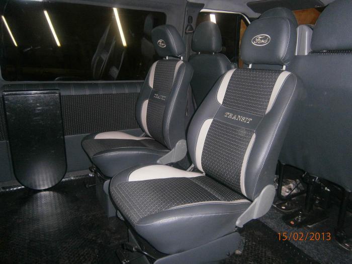 Ford Transit-8