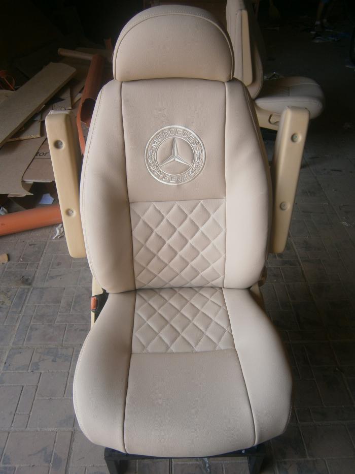 Mercedes Sprinter-17