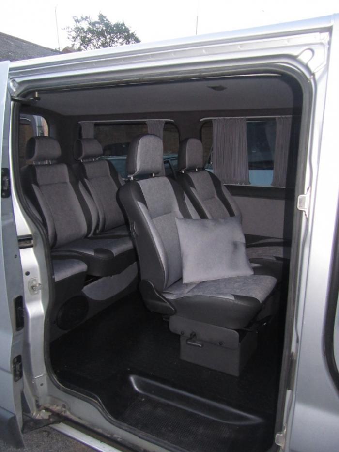 Nissan Primastar-1